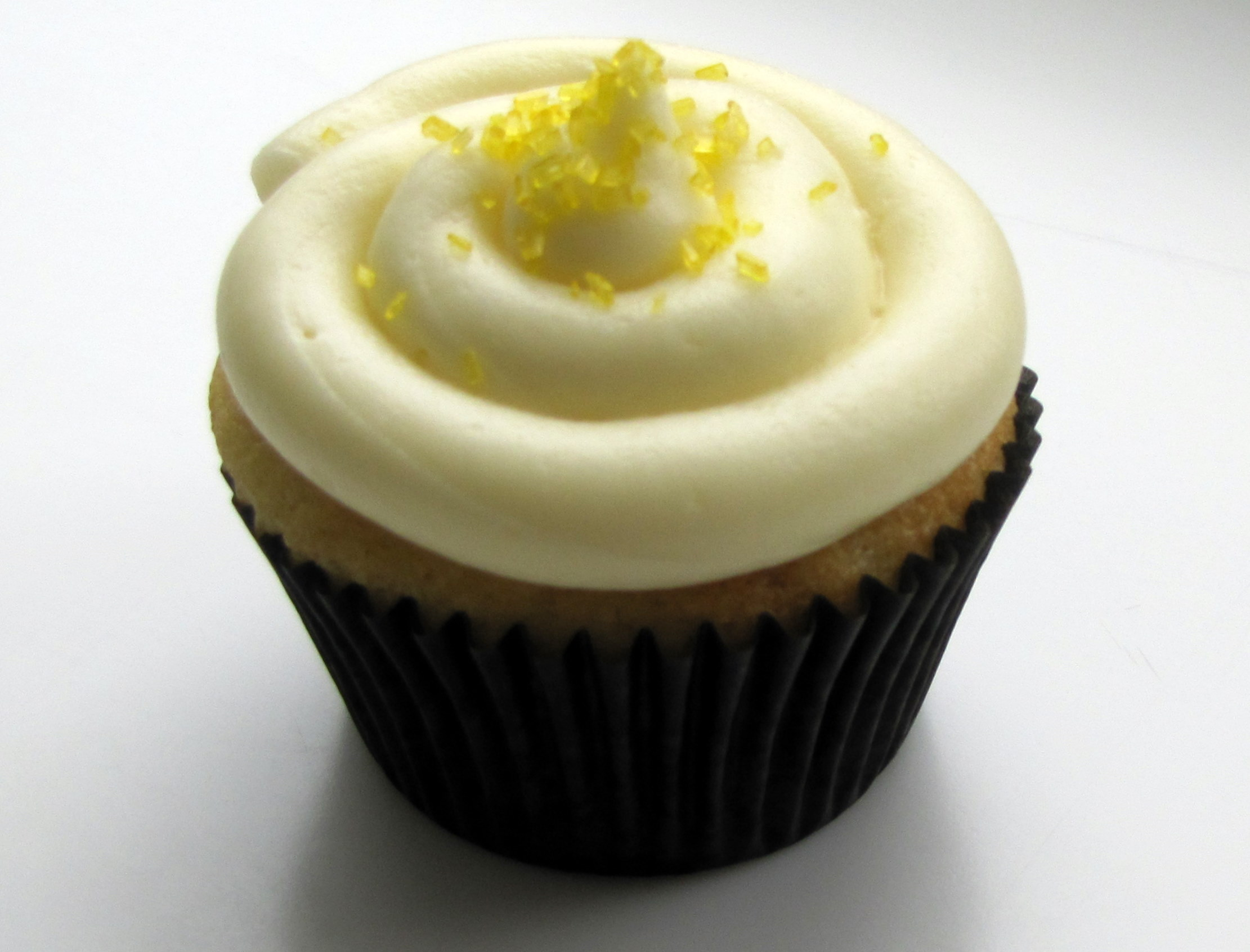 Lemon Filled Cupcakes with Cream Cheese Frosting – Life!